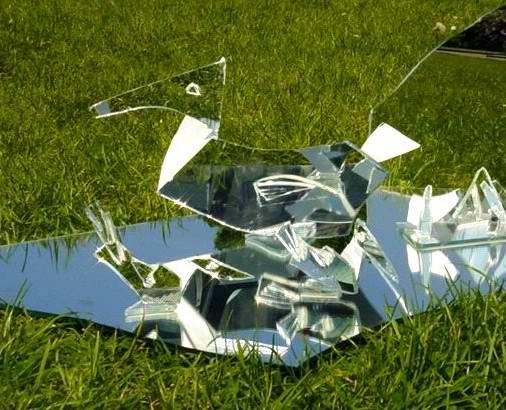 5 vive la casse for Le miroir casse